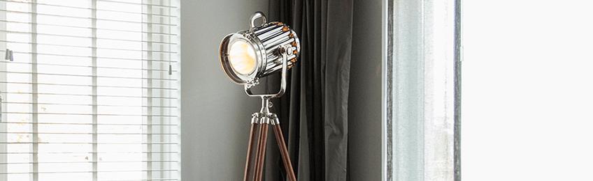 Houten vloerlampen
