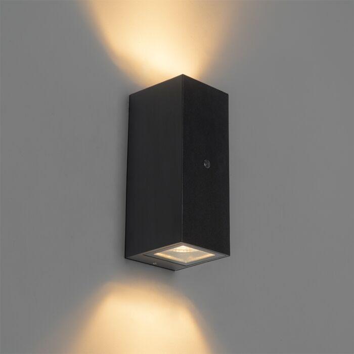 Wandlamp-zwart-IP44-met-licht-donker-sensor---Baleno-II