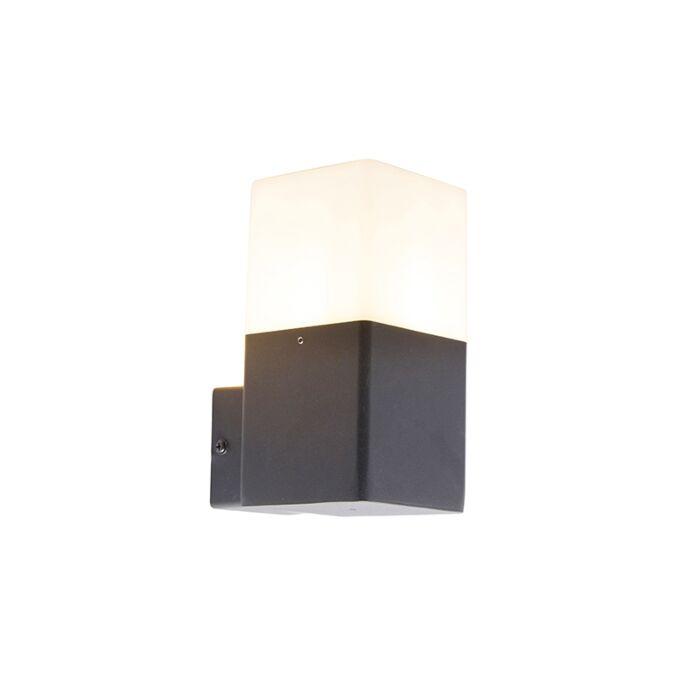 Buitenwandlamp-zwart-met-opaal-witte-kap-IP44---Denmark