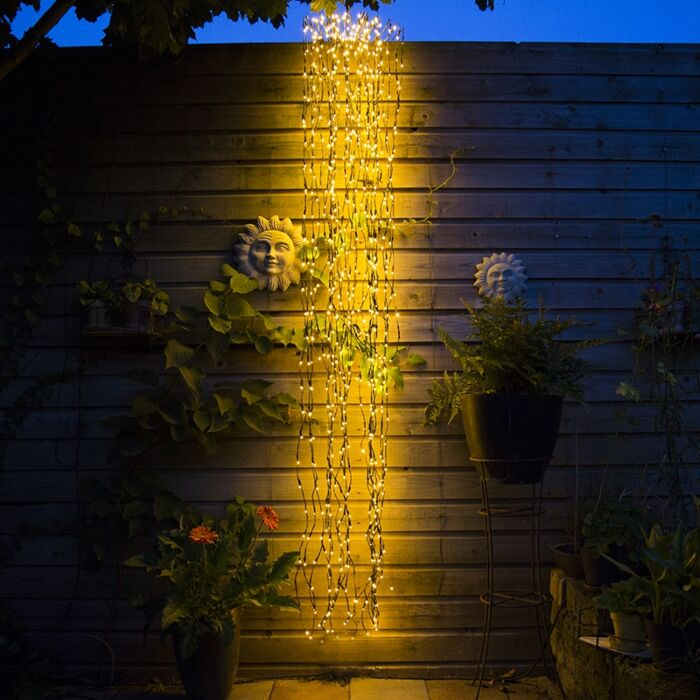 Kerstverlichting-Treurwilg-LED-warm-wit-3-meter