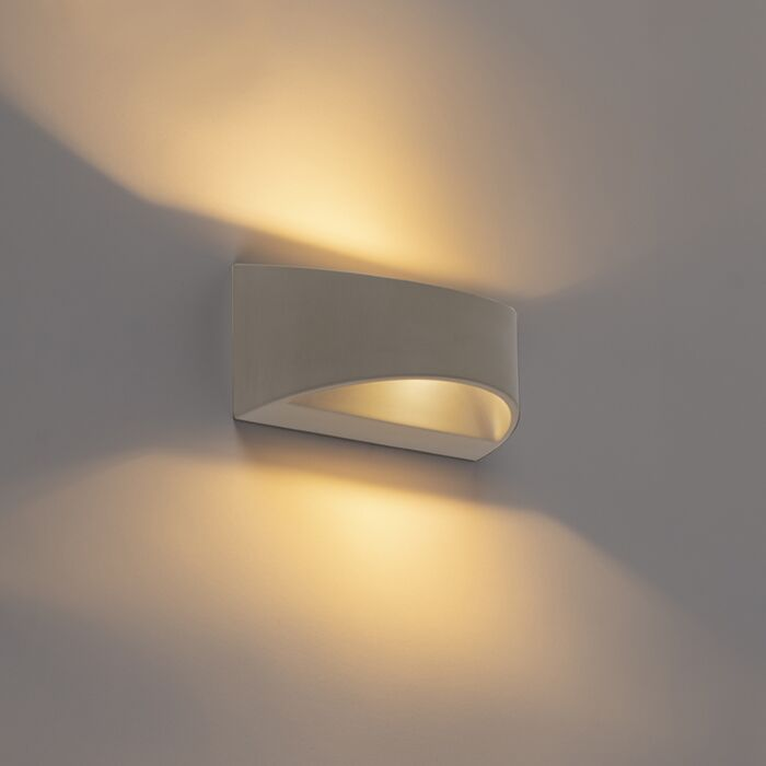 Landelijke-halfronde-wandlamp-beton---Adelaide