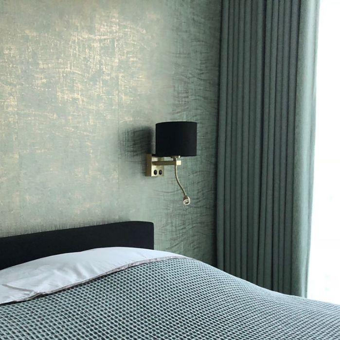 Moderne-wandlamp-goud/messing-met-kap-velours-zwart---Brescia
