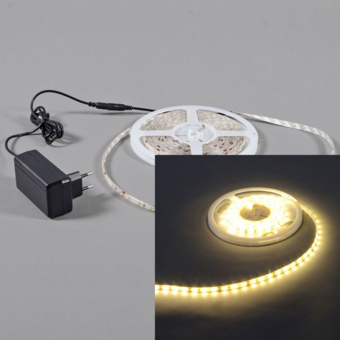 Flexibele-warm-witte-LED-strip-IP65-3mtr-set