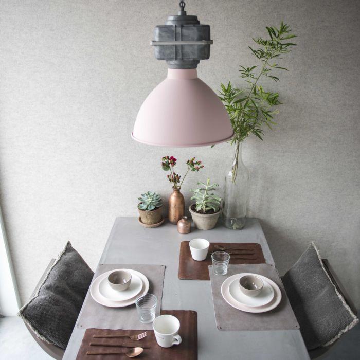 Industriële-hanglamp-klein-mat-roze---Sicko
