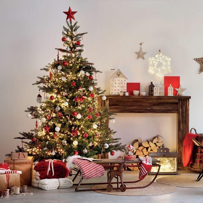 Kerstboom-Den-300-LED-warm-wit-180cm