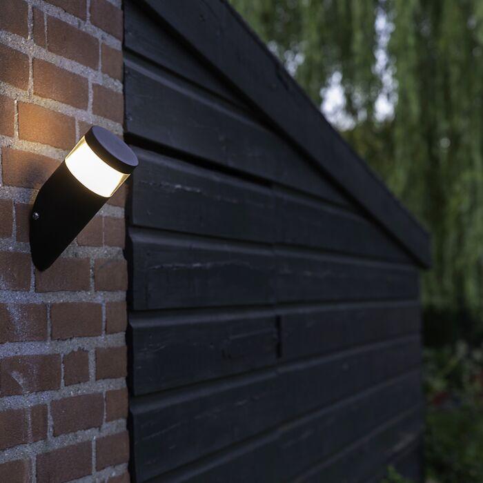 Moderne-schuine-buitenwandlamp-zwart-incl.-LED---Prim