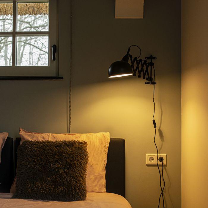 Industriele-wandlamp-zwart-verstelbaar---Merle